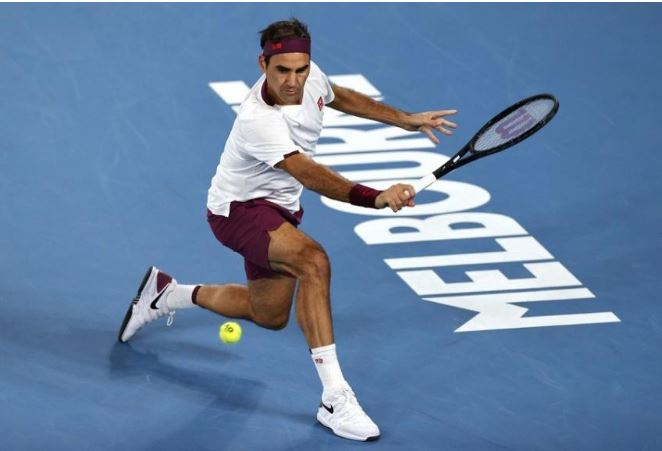 Roger Federer action