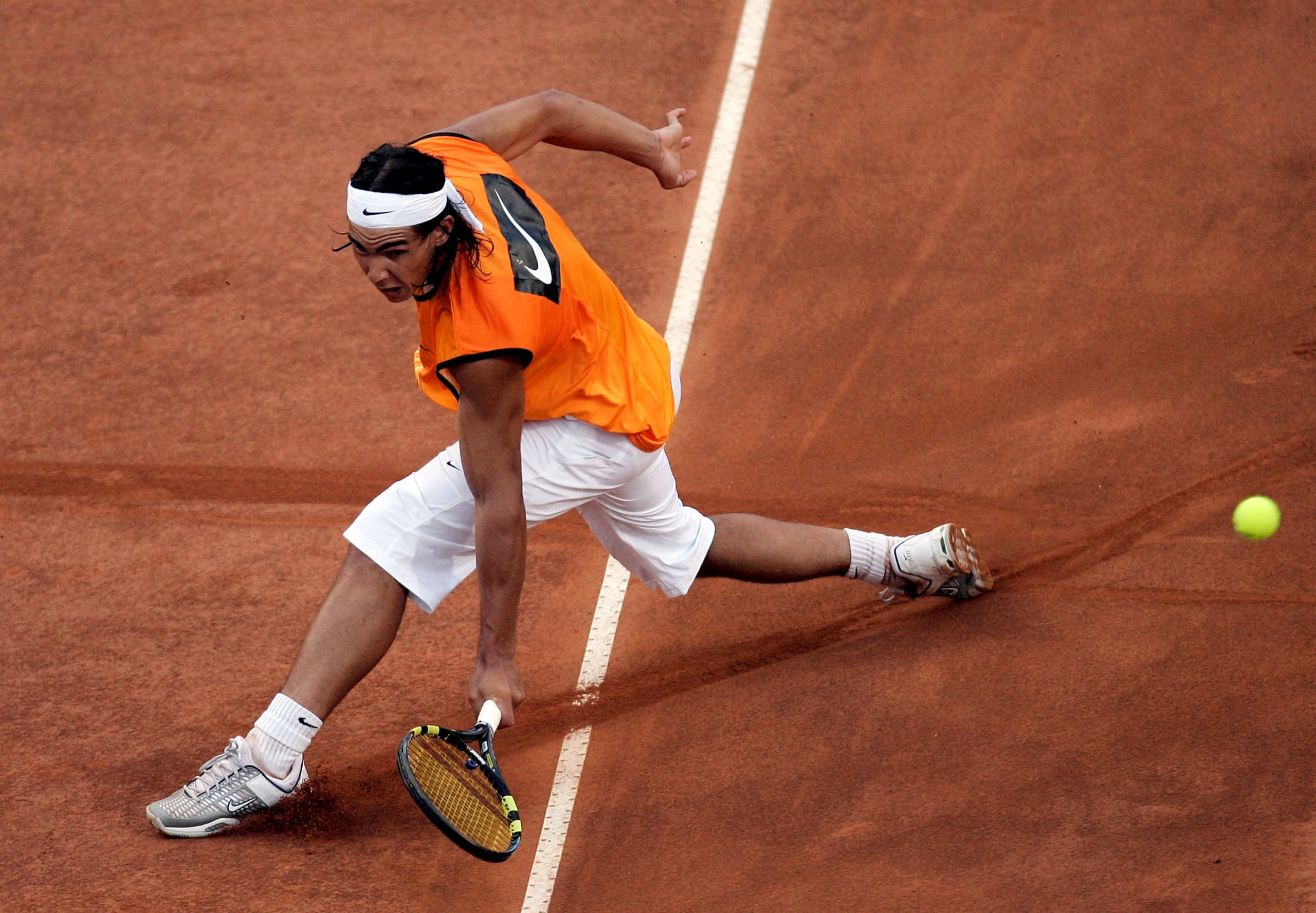 Nadal playing scaled