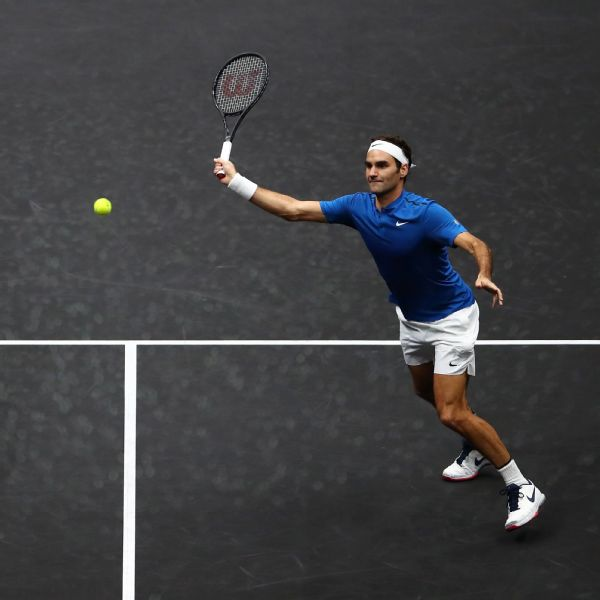 federer playing