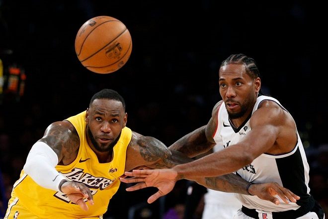 Lebron and Leonard in action