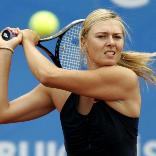 Sharapova in action