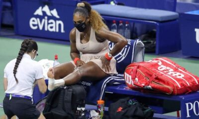 Serena williams defeats by Victoria Azarenka,